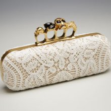 McQueen Lady Like knuckle clutch